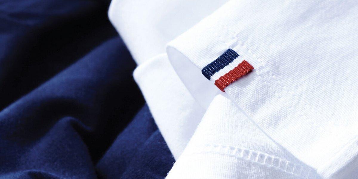 Tee-shirts fabriqués en France avec détail tricolore cousu