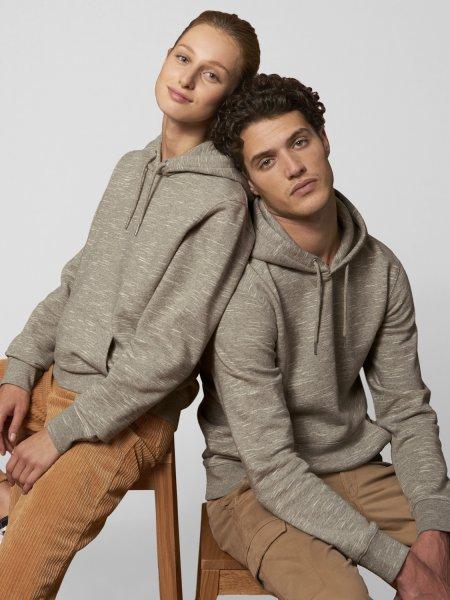Sweat à capuche Cruiser coloris wooden heaher porté par un mannequin homme et un mannequin femme
