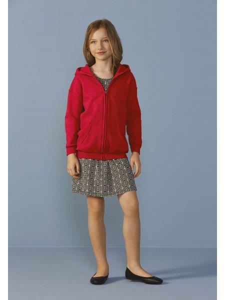 Le mannequin enfant porte le sweat zippé à capuche GI18600B en coloris Red