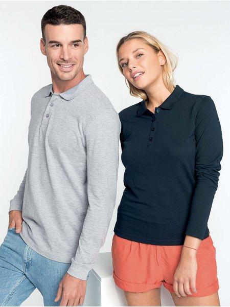 Les mannequins homme et femme portent les polos K256 et K257 à manches longues personnalisables en coloris Oxford Grey et Navy.