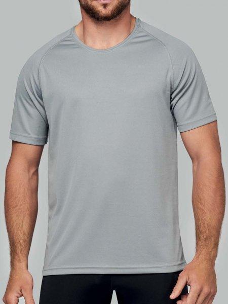 a4bfc6ab926bc Le modèle homme porte le t-shirt respirant PA438 à personnaliser en coloris  Fine Grey