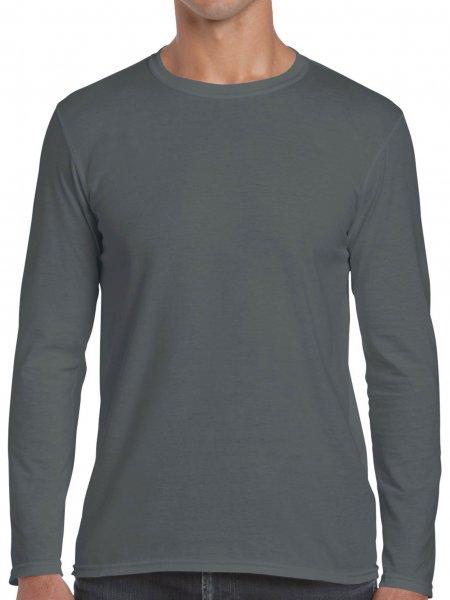 Le mannequin homme porte le t-shirt GI64400 à manches longues et col rond à personnaliser en coloris Charcoal