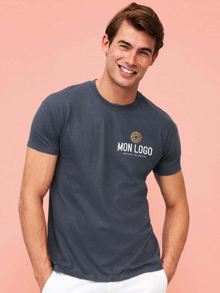 Photo du t-shirt Sol's Regent en coloris gris souris avec exemple de logo imprimé