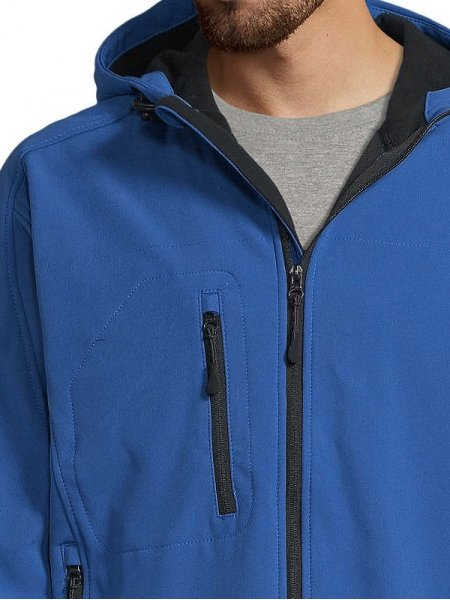 Détails poche et col de la veste Softshell Replay en coloris Royal