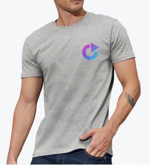Le mannequin homme porte le t-shirt E150 à personnaliser en coloris Sport Grey.
